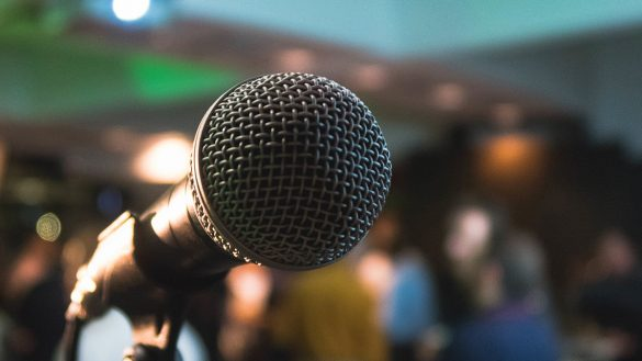Five tips to overcome the fear of public speaking